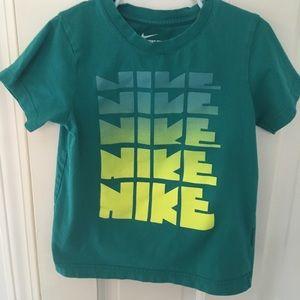 Boys Nike top
